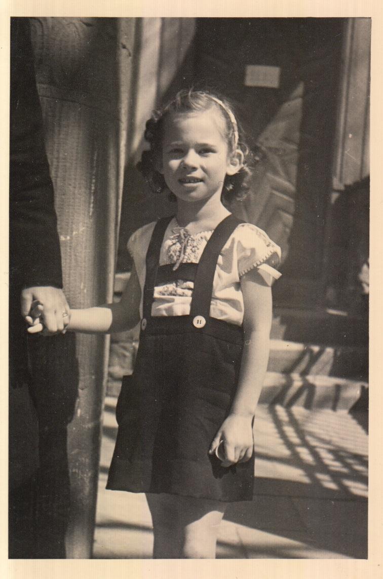 1946-Baerbel.jpeg